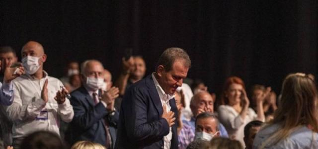 """Kılıçdaroğlu: """"Başkanımızı alkışlar mısınız?"""""""