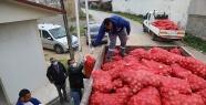 İhtiyaç sahibi ailelere soğan dağıtıldı