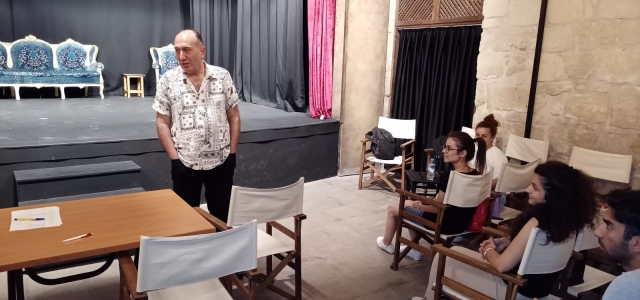 Usta Rejisör Murat Atak'tan Geleceğin Aktör ve Aktrislerine Sıcak Karşılama